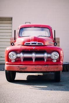 Red, Ford, Vintage, F100, 1955 - The country girl in me wants one of these to go with my dream country house, my dream barn and my dream horse.