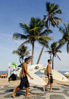 Surfistas - Foto: Pedro Kirilos|RIOTUR | Flickr - Photo Sharing!