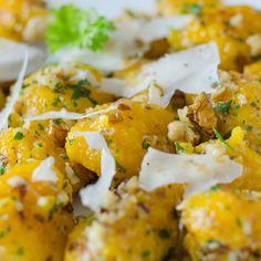 #Pumpkin #gnocchi with #cheese and #walnuts   #recipe #autumn #foodporn #Italianfood #zucca