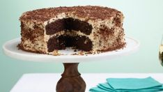You'll find the ultimate Giada De Laurentiis Hazelnut Crunch Cake with Mascarpone and Chocolate recipe and even more incredible feasts waiting to be devoured right here on Food Network UK.
