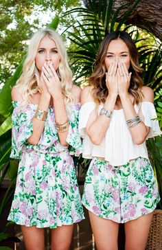 10 killer Festival looks that don't include fringe Luau Outfits, Hawaii Outfits, Birthday Outfits, Classy Summer Outfits, Spring Outfits, Tropical Outfit, Festival Looks, Festival Style, Floral Fashion