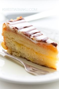 Hate marzipan but my mom loves so ill have to try it for her! Delicious Cake Recipes, Yummy Cakes, Sweet Recipes, Dessert Recipes, Marzipan Recipe, Marzipan Cake, Food Cakes, Cupcake Cakes, Cupcakes