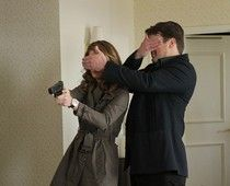 """Castle and Beckett in episode 4x20 """"The Limey"""" ; this picture makes me laugh"""