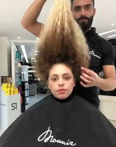 Mounir Hair Transformation Mounir stood out thanks to his way of working which is worthy of a real s Curly Hair Styles, Natural Hair Styles, Colored Curly Hair, Blonde Curly Hair Natural, Ombre Curly Hair, Shoulder Length Hair, Hair Transformation, Hair Photo, Big Hair