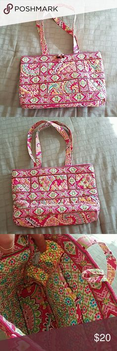 "Vera Bradley Small tote type shoulder bag Vera Bradley Small tote style shoulder bag in retired pattern Folkloric.  Lightly used and show no signs or wear and tear.  Measures 13 x 9 and 3"" firm base. Vera Bradley Bags Totes"