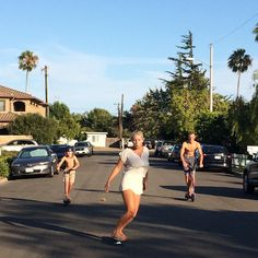 #Summer street Saturday's in #SoCal. #pulsescooters #electricscooters #california #newportbeach #kryptonics #skateboard