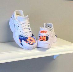 Nike Huarache Sneakers shoes, nike, and flowers - GET DEAL. Nike Shoes Cheap, Nike Free Shoes, Nike Shoes Outlet, Cheap Nike, Nike Huarache, Basket Sneakers, Shoes Sneakers, Yeezy Shoes, Converse Shoes