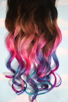 Definitely trying this on my hair in the summer (: