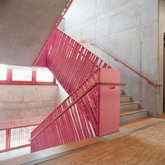 Professionals in staircase design, construction and stairs installation. In addition EeStairs offers design services on stairs and balustrades.Check out our work >> Stair Railing Design, Stair Handrail, Commercial Stairs, Escalier Design, Metal Railings, Steel Railing, Stair Detail, Modern Stairs, Interior Stairs