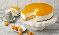 Joghurttorte mit Aprikosen (Ø 26 cm) Rezept: Eine cremige Torte mit Aprikosen für die Kaffeetafel - Eins von 7.000 leckeren, gelingsicheren Rezepten von Dr. Oetker!