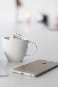 Image via We Heart It https://weheartit.com/entry/170559991/via/28584543 #black #blackandwhite #blackandwhite #cool #cup #excellent #gadget #gadgets #home #minimal #modern #style #white #whiteandblack