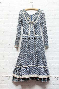 Gunne Sax Tree Fairy Dress S • 70s Vintage cotton blue floral prairie peplum…
