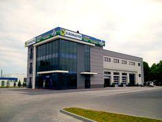 Ekspert od opon, Euromaster w Malbork zaprasza do swojego centrum samochodowego, żeby ci doradzić i zaoferować swoje usługi w pobliżu miejsca, w którym się znajdujesz.  Nie ważne czy jesteś klientem indywidualnym czy zinstytucjonalizowanym, nasza ekipa oferuje ci swoje usługi naprawy, a także szeroki wybór ogumumienia dla pojazdów terenowych, motocykli, kamionetek i samochodów dostawczych.