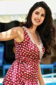 Katrina Kaif to get more hd and latest photo click here http://picchike.blogspot.com/