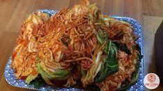 김치명인이 알려준 김장김치 맛있게 보관하는 법 Cabbage, Vegetables, Food, Vegetable Recipes, Eten, Veggie Food, Cabbages, Meals, Collard Greens