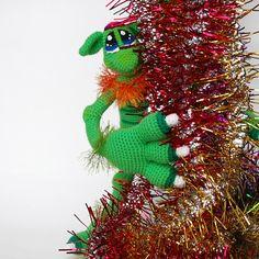 Amigurumi Monster Pattern. Cute Monster Boy. Crochet Unusual Toy. DIY. Monster Crochet pattern. Rainbow and green. Colorful knitting