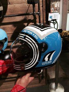 Barn Fresh X Bell - Bell Bullitt - Lennard Schuurmans Cool Motorcycle Helmets, Racing Helmets, Cool Motorcycles, Retro Helmet, Vintage Helmet, Casque Bell, Cafe Racer Helmet, Helmet Paint, Custom Helmets