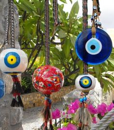 Greeks & Turkish Peoples favorites...The God's eye. Lily and I have several!