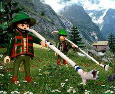 Playmobil by Richard Unglik / le cor des Alpes suisses