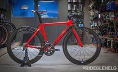 Vedi la foto di Instagram di @loves_road_bikes • Piace a 2,186 persone