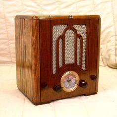 Old Antique Wood Crosley Vintage Tube Radio -Restored Working Art Deco Tombstone