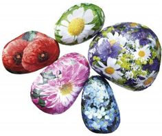 How to make a decoupage paperweight using stones and paper. In just 4 short steps we show you how to turn a pebble into a pretty, and practical, paperweight