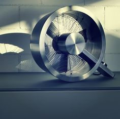 Spruce up your interiors with the Stadler Form Q Metal Fan. This stylish fan provides a powerful breeze to move air throughout your space. Metal Fan, Architecture Design, Interior Decorating, Home Appliances, Design Inspiration, Cool Stuff, Kitchen Gadgets, Product Design, Creative Ideas