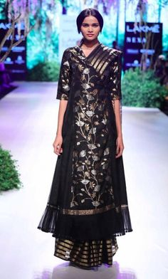 Rahul Mishra for Project Eve - Lakme Fashion Week AW 17 - 7