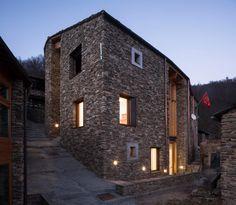 """Marie-Pierre Forsans, Massimo Crotti, antonio de rossi · Cultural Center """"Lou Pourtoun"""" Ostana, Po Valley. Italy · Divisare"""