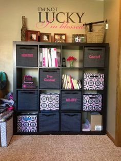 IKEA shelves organized with Thirty-One products! I love this... it would be perfect for an office! www.mythirtyone.com/melissapaquette