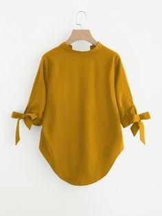 Casual Tops For Women, Blouses For Women, Blouse Styles, Blouse Designs, Hijab Fashion, Fashion Dresses, Lederhosen, Girls Fashion Clothes, Dresses Kids Girl