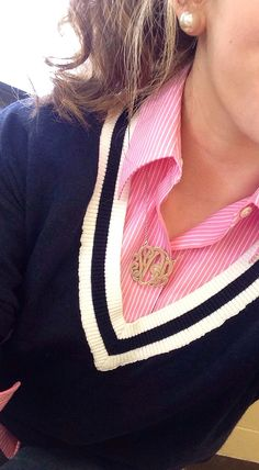 Trendy How To Wear Sweaters Preppy 60 Ideas Source by jeanettemzk outfits spring Preppy Look, Preppy Style, My Style, Spring Summer Fashion, Autumn Winter Fashion, Estilo Preppy, Preppy Southern, Southern Prep, Fall Winter Outfits