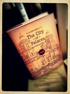 Neuer Regalbewohner | Michael Nava: The City of Palaces.