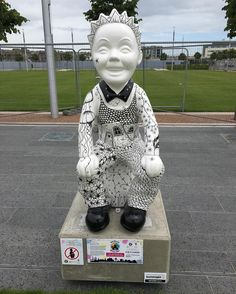 One of over 50 sculptures that have been installed on the oor wullie bucket trail. This one is by @whimsicallush @oorwulliebuckettrail Photos from my travels