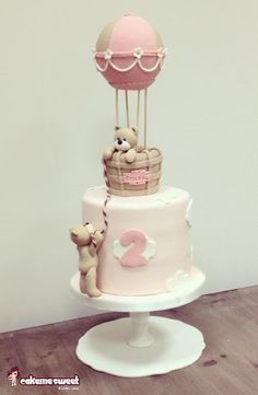 fondant teddy bears, up in the sky