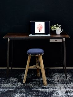 Life Is Beautiful, Industrial Style, Office Desk, Sweet Home, House Styles, Furniture, Home Decor, Homes, House