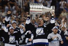 The Stanley Cup Playoffs are about to be Thunderstruck - KRUI Radio