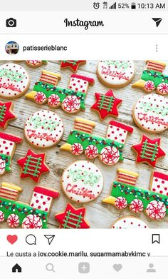 Christmas Cookies Cute & Creative Decorated Christmas Cookies - An amazing collection of cookie ideas!Cute & Creative Decorated Christmas Cookies - An amazing collection of cookie ideas! Christmas Sugar Cookies, Christmas Sweets, Noel Christmas, Holiday Cookies, Holiday Treats, Christmas Baking, Christmas Quotes, Iced Cookies, Cute Cookies