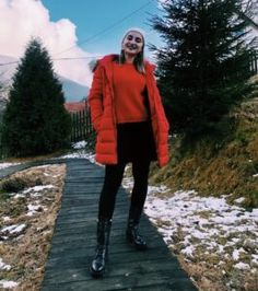 Un an - Izabella Cete Canada Goose Jackets, Cheers, Fur Coat, Winter Jackets, Fashion, Winter Coats, Moda, Winter Vest Outfits, Fashion Styles