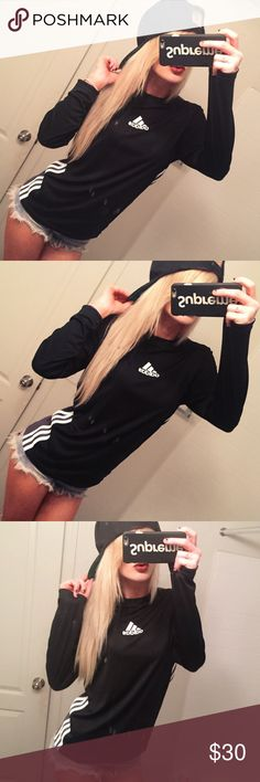 ♠️ Adidas Pullover Athletic Shirt 💫 Adidas Black Long sleeve shirt  - Black with white stripes down the side logo on front.  - Size Small. cotton blend material - Light weight - drifit athletic top - long sleeved - pullover - Perfect new condition - Super comfortable adidas Tops Tees - Long Sleeve