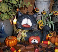 """Primitive Halloween Pumpkin Black Cat 5"""" Doll Vtg Patti's Ratties Bear Ornie"""