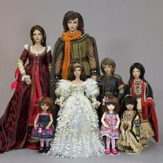 Martha Boers' dolls in assorted sizes - her web site is Antique Lilac.