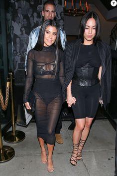 Kourtney Kardashian, Stephanie Sheppard et Simon Huck quittent le restaurant Catch à Los Angeles. Le 4 novembre 2016.