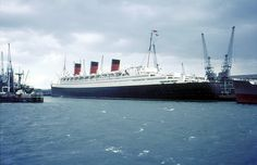 RMS Queen Mary, Southampton Docks 1966 | In 1966 British sea ...