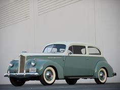 1941 Packard 110 2-door Touring Sedan (1900-1484)