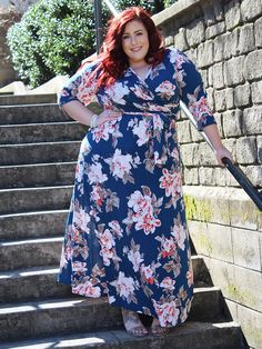Plus Size Fashion for Women -Curves, Curls and Clothes
