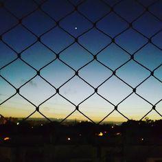 Logo de manhã tenho essa visão com uma Estrela linda forte e solitária me chamando a atenção.