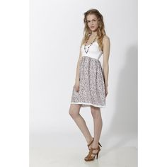 Vestido corto con estampado floral tipo liberty y puntillas en pecho, cintura y bajos Rosado - Mauna Barcelona - fashion - moda