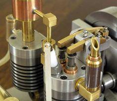 scuderi_frametekst_ned Stirling Engine, Rc Radio, Motor Engine, Combustion Engine, Small Engine, Mechanical Design, Steam Engine, Can Opener, Metal Art