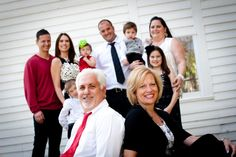 www.missykphotography.com grandparents with large family